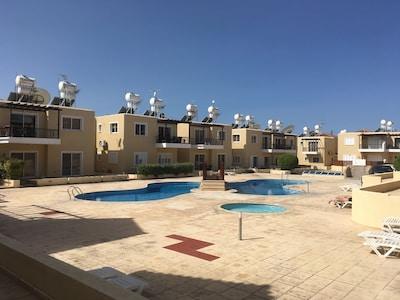 Ground Floor 1 Bed Apartment - Free Wifi/UK TV - Sirena Sunrise Complex