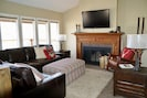 Family room with cable TV and wifi