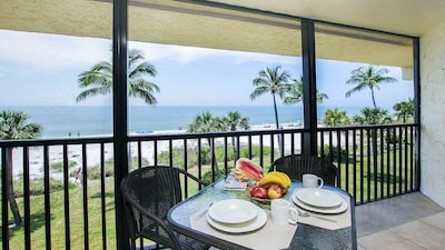 Time for Breakfast on the Lanai.