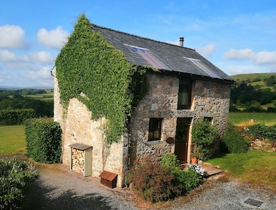 Widecombe Cottage in Summer