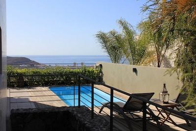 Wonderful villa, free WIfI, private pool, AC, BBQ 300m from Siam Park Mall