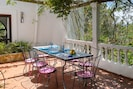 Villa Sa Coloma. Ibiza. Pour manger en plein air