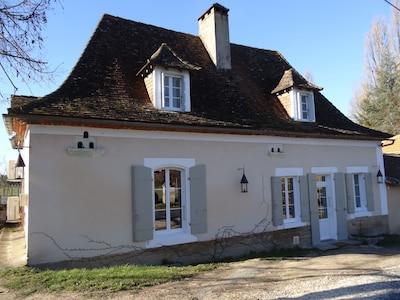 Neuvic, Dordogne, France