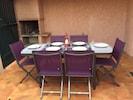 La table de terrasse en aluminium et ses chaises  en textile et aluminium