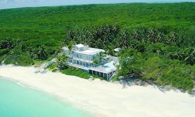 Secluded, beachfront Villa.