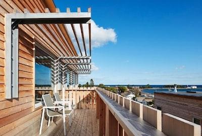 Amazing balcony views of Lake Superior and Grand Marais