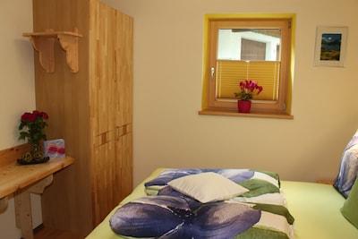 Schlafzimmer (Doppelbett)