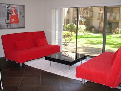 One bedroom condo with 2 futons - sleeps 6. $100. per night 'year around'.