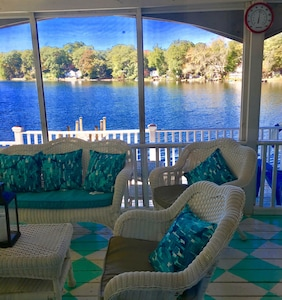 Screened porch, outdoor porch, beach, dock, kayaks, peddle boat, gas grill etc