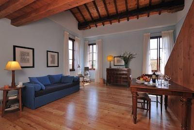 Vinca: living area