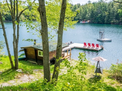 Family Getaway On Pristine Clear Lake Chain With An Exceptional Waterfront