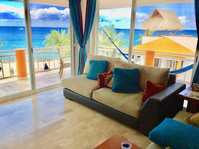 Panaramic views of the Caribbean Sea!