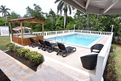Mammee Bay Estates, Ocho Rios, Saint Ann, Jamaïque