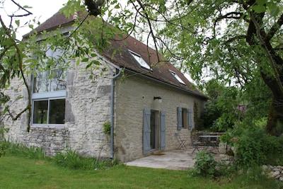 l'entrée principale, à la cuisine, de la grange du Bousquet Bas