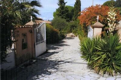 """Entrée """" Villa Graziosa"""""""