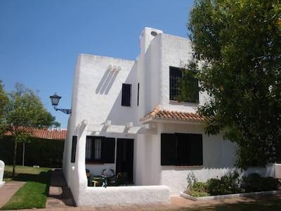 Maison 3 ch, 2 SDB, 3 terraces Casa 3 dorm, 2 baños, 3 terrazas House 3 bedroom