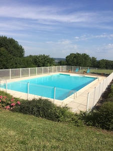 piscine de 16mx8m sécurisée