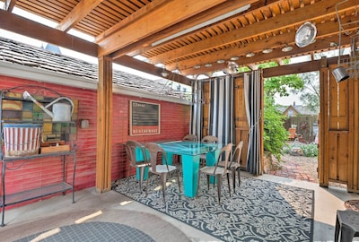 There are 3 bedrooms, 1.5 bathrooms and a charming outdoor space for 10 guests.