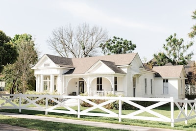 The Morrow House is a historical home built in 1886.