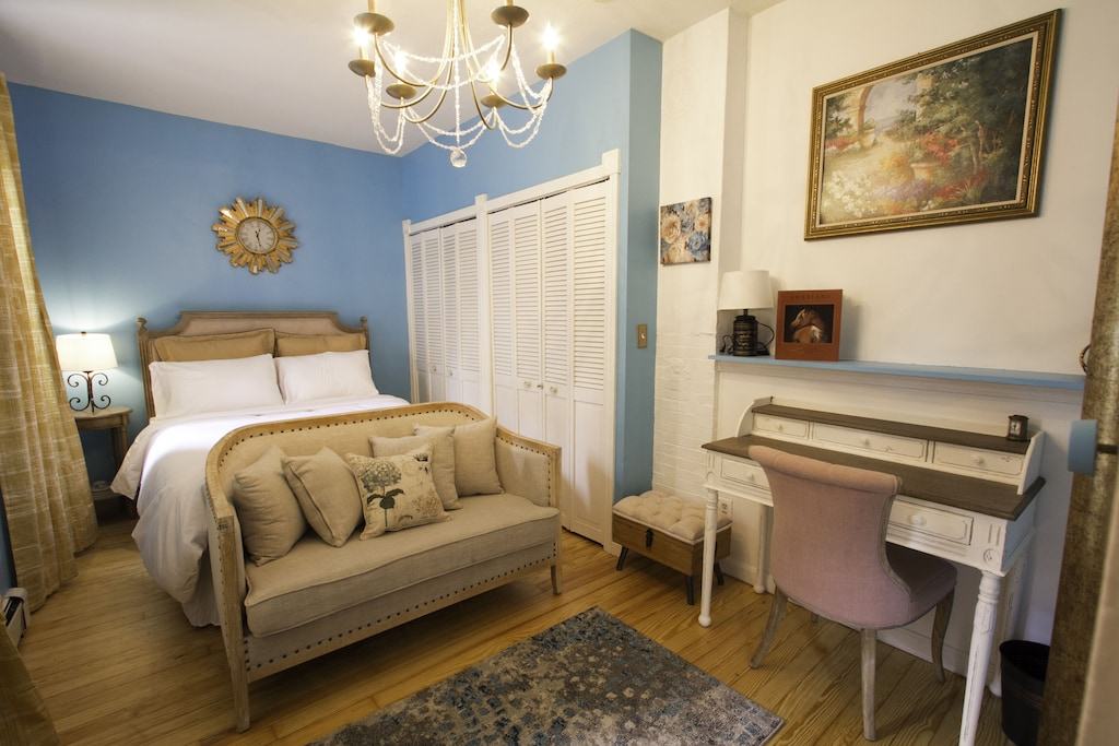 5 Eco Vegan French Colonial In Charlestown Gaslight District Free Parking Thompson Square Bunker Hill