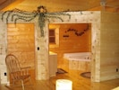 Lighted walk-in Closet. 2-person genuine Jacuuzi w/half loft  - Bear Cliff