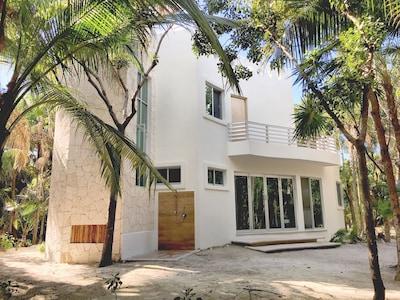 Front entrance of Casablanca, a self sustainable eco luxury Villa.