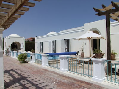 Hill villa, heated pool