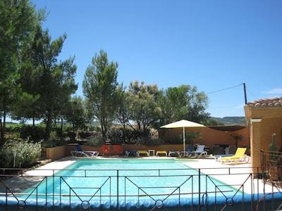 extérieur piscine et plages