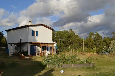 Casa di campagna sulla costa occidentale della Sardegna