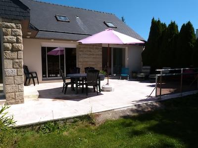maison s'ouvrant sur la terrasse