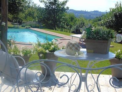 Magico e Antico casale nel verde zona Gavi ,vino & relax, piscina privata,natura