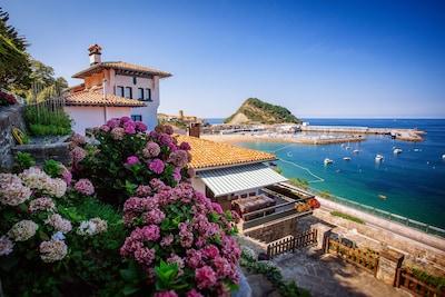 Getaria Beach, Getaria, Basque Country, Spain