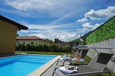 Villa Tremezzo Pool