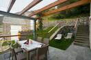 Private Terrasse und Garten