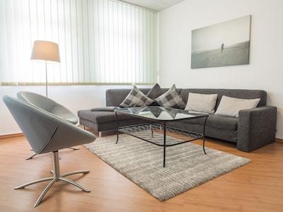 Legales und großes  Apartment (135qm) mit 4 Schlafzimmern in  zentraler Lage