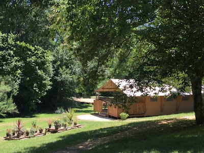 Abbaye de Cadouin, Le Buisson-de-Cadouin, Dordogne, France