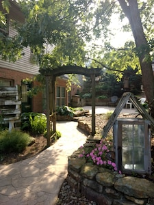 entrance/ patio
