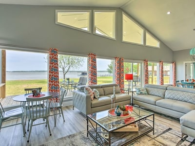 Wall to wall windows to enjoy the lake view!