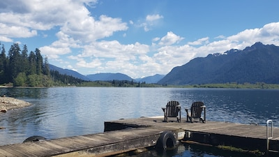 Lake Quinault Vacation Home/Breathtaking View! Located in Olympic National Park