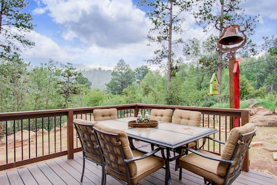Outdoor living area with plenty of seating