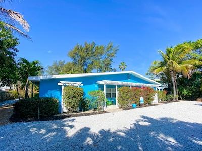Ilexhurst, Holmes Beach, Florida, USA