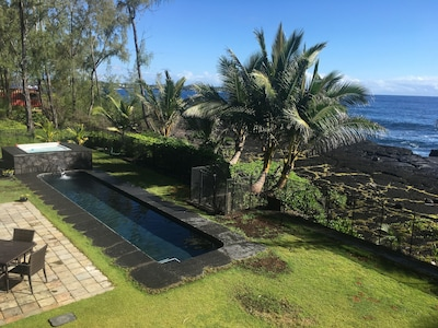 Hale Mar's private 38' pool and hot tub by the sea