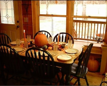 Thanksgiving Setting at Kitchen Table