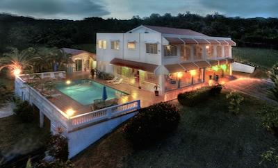 Night Falls on Villa