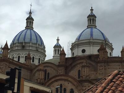 Cuenca Downtown; Basilica