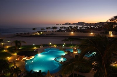 Spectacular pool and beach views from our luxurious balcony!