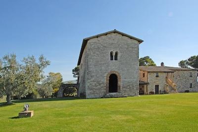 The Chapel - Sant'Antimo