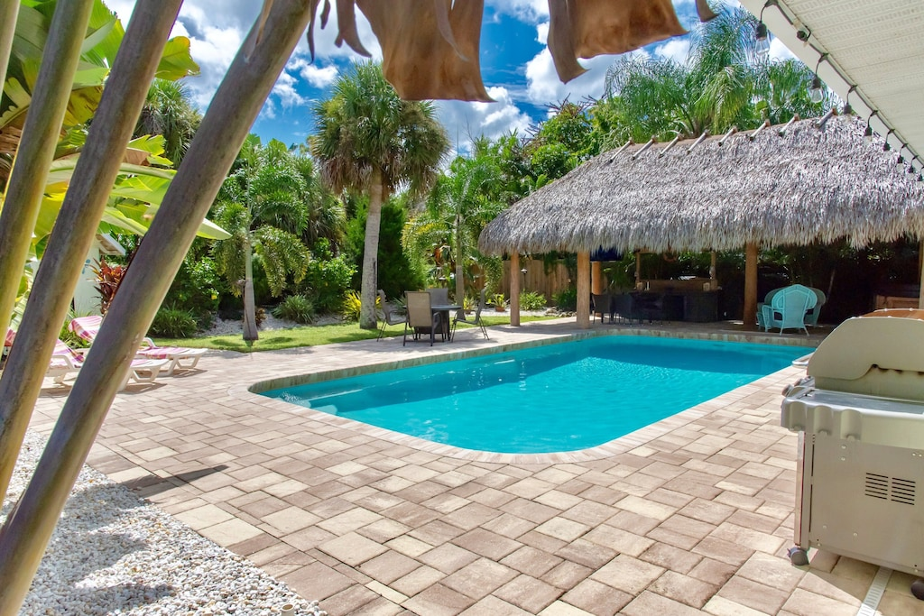 Beachfront Vacation Rentals In Englewood, FL - Updated ...