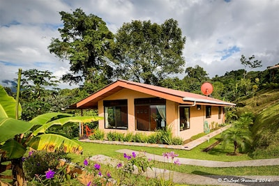 Family Friendly Encantada Guest House & Encantada Arenal Luxury Adults Only BnB