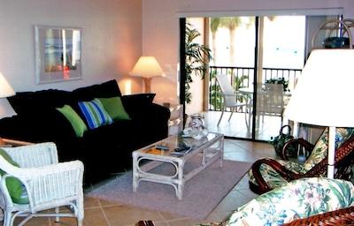Living Room & Lanai
